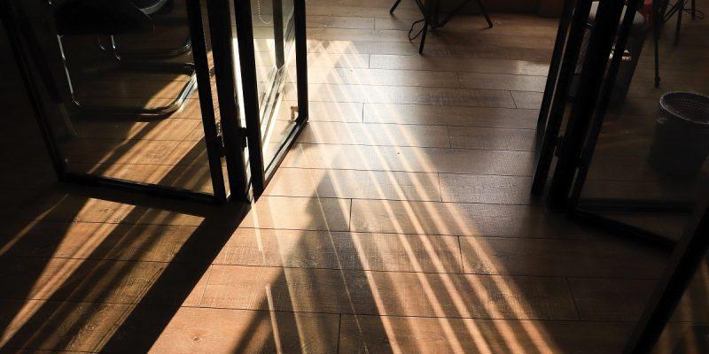 ver suelos laminados marbella